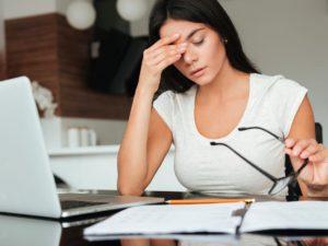 眼睛疲勞怎麼辦?3個關鍵挑葉黃素的方法讓你不再花冤枉錢